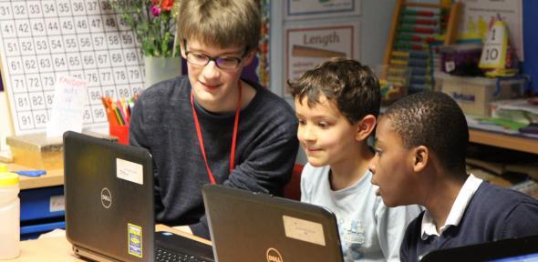 STIMULUS volunteer with primary school pupils